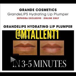 GrandeLIPS Lip Plumper Holiday Kits by grande #8