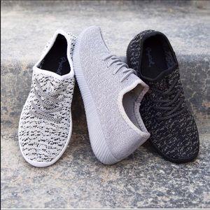 Shoes - Black size 8
