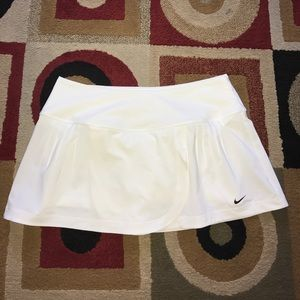 Nike Pants - Nike Skort Size Medium