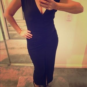 Norma Kamali Dresses & Skirts - 😻Sexy Norma Kamali black dress!! 😻