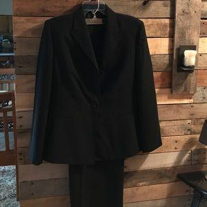 Kasper Pants - Business suit like new worn twice