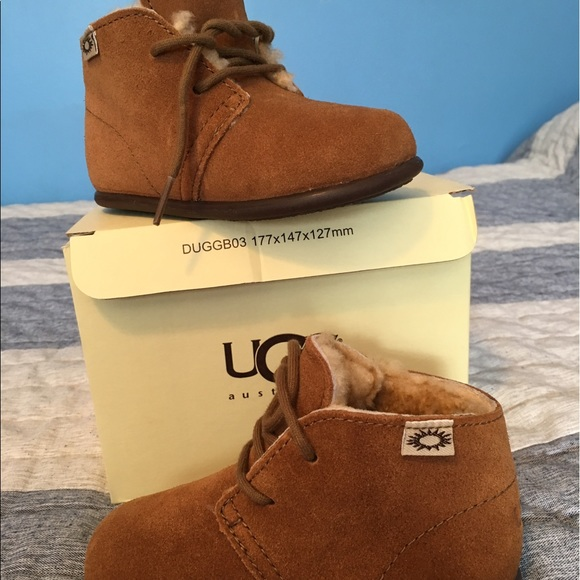 620c8f2eb3d Authentic UGG boots - Mini Mel Get Ready for FALL
