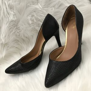 Mossimo Shoes - MOSSIMO Black Faux Snakeskin Heels