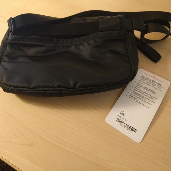 Lululemon Go Lightly Crossbody Bag