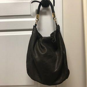 Yves Saint Laurent Handbags - Yves Saint Laurent Roady Bag