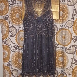Jenny Packham Dresses & Skirts - EUC Jenny Packham No. 1 flawless beaded dress