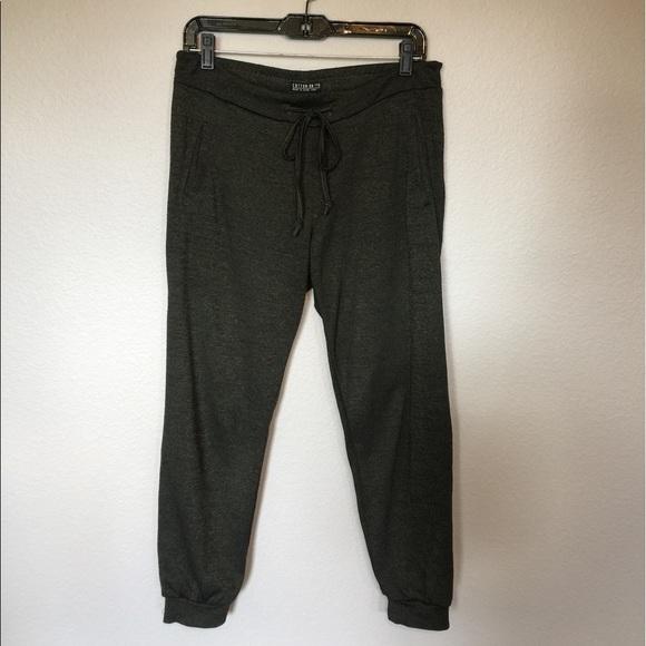 New Women Camoflauge Army Jogger Pant Capri Army Pants 2sizes SM LXL Green