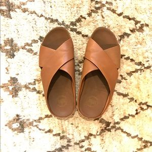 8f86620544dc Fitflop Gogh Slide Leather Sandals Mink