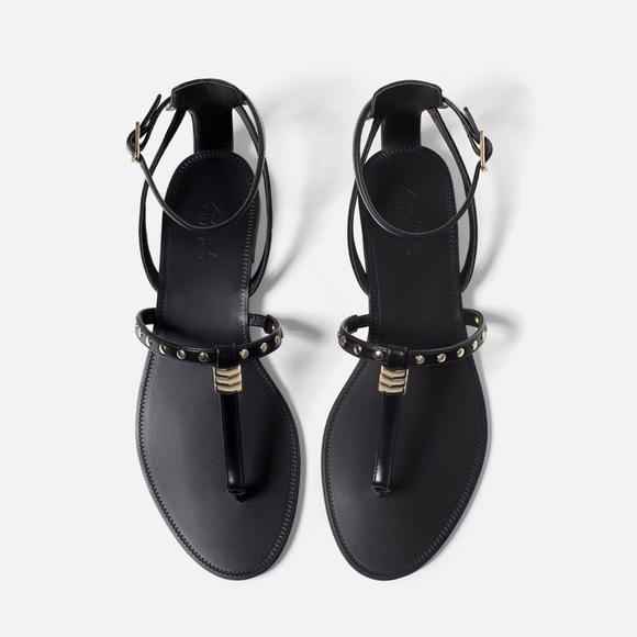 16f686efa46 Zara black leather and gold flat sandal