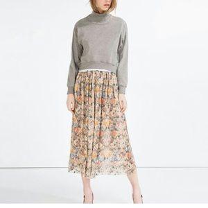 Zara Floral Lace midi skirt