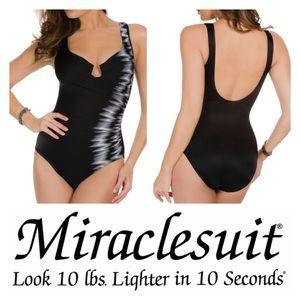 Miraclesuit Other - Miraclesuit Sound Wave Escape Tummy Control Suit