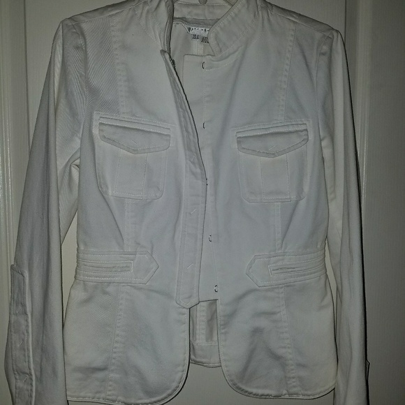 Zara Jackets & Blazers - NWT Zara Woman Lightweight White Cotton Jacket