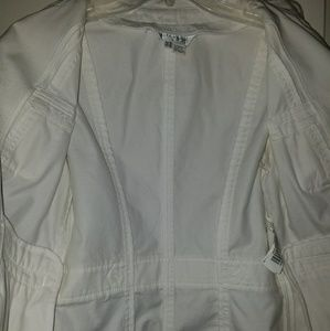 Zara Jackets & Coats - NWT Zara Woman Lightweight White Cotton Jacket