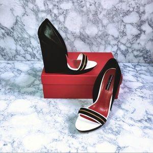 Charles Jourdan Shoes - 🌴Women's Charles Jourdan Hilary Wedge Sandals🌴
