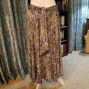 Lapis Dresses & Skirts - Price drop! Lapis skirt, travel-friendly, EUC