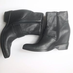 c00e724f0d59 Jeffrey Campbell Shoes - 🆕 Jeffrey Campbell Boots Wenda Ankle Wedge