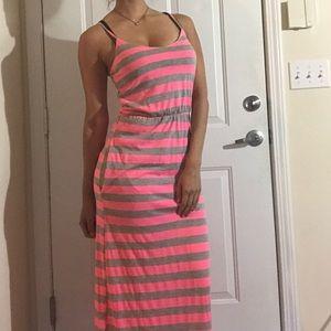 Velvet Torch Dresses & Skirts - Velvet Torch striped Maxi Dress size small long
