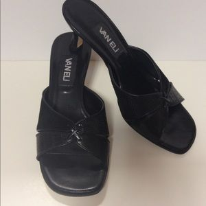 Vaneli black kitten heel shoes 7 1/2