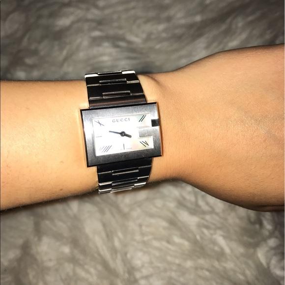 b544c9d8bca Gucci Accessories - Authentic Gucci Watch Women s