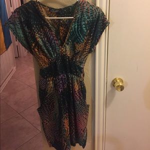 Closet Dresses & Skirts - Closet size 6 green multicolor dress with pockets