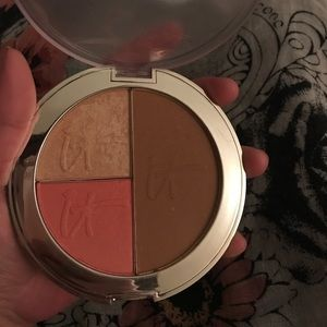 ulta Other - IT COSMETICS Live, Love, Laugh vitality face disc