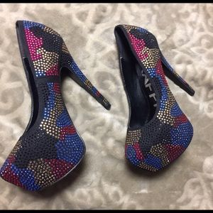 TRAFFIC Shoes - TRAFFIC Beautiful Multi Colored Heels