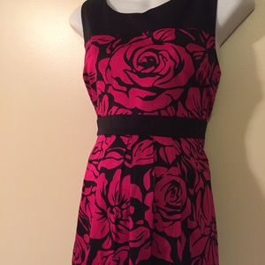 Motherhood Maternity dress size large NWT