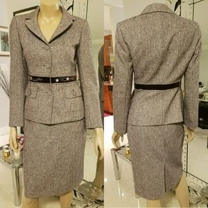Firm price!! Stylish wool suit
