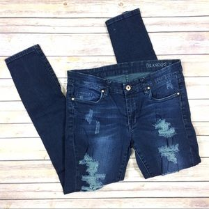Blank NYC 29 Distressed Destroyed Skinny Jeans