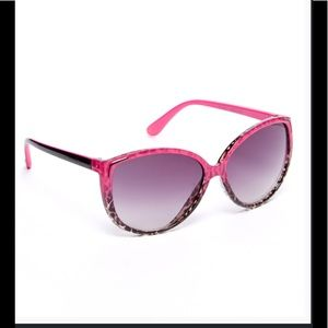 EyeDesign Accessories - Pink & Black Cat Eye Sunglasses