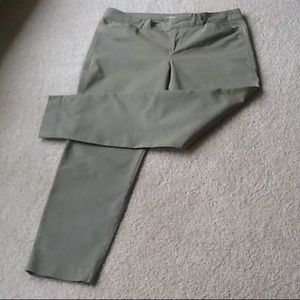 Old Navy Pixie style ankle pants