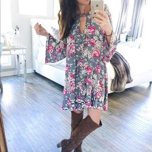 Dresses & Skirts - ❌SOLD❌ Floral choker neckline swing dress