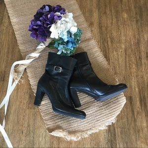 "Aerology Shoes - Black ankle boots. 4"" heel"