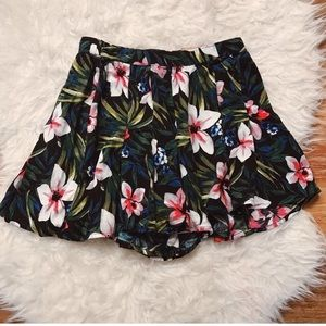 Shorts that look like skirt