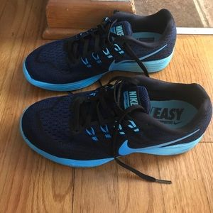 Nike Shoes - Nike Lunar Tempo 2 *Final Price*
