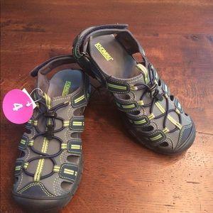 Khombu Other - Boys sandals, size 4