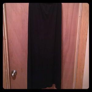 Dresses & Skirts - Cute maxi skirt