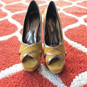 JustFab Women's heels size 6.5