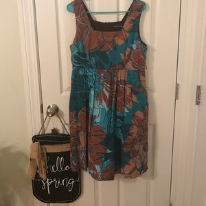 Dresses & Skirts - Dress with pockets
