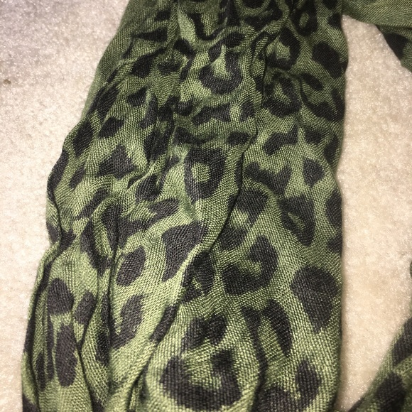 20 Off Wet Seal Accessories Army Green And Leopard
