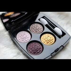 CHANEL Other - Chanel signe particular eyeshadow palette