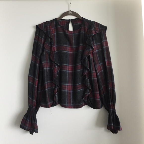 70 off zara tops zara plaid with ruffle detail top from stavroula 39 s closet on poshmark. Black Bedroom Furniture Sets. Home Design Ideas