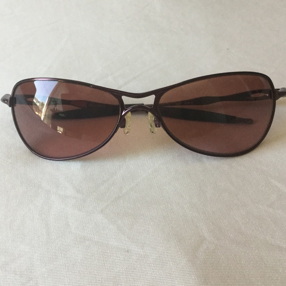 Oakley Crosshair S sunglasses in berry color