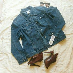 Jessica Howard Jackets & Blazers - { Plus Size } Jessica Howard denim jacket