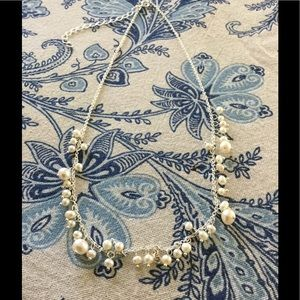 Jewelry - Dainty pearl necklace / adjustable length