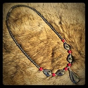 Jewelry - Black and red neckkace