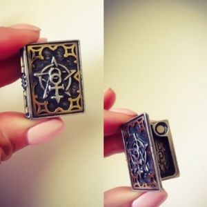 Alchemy Jewelry - Magical Book Stash Ring