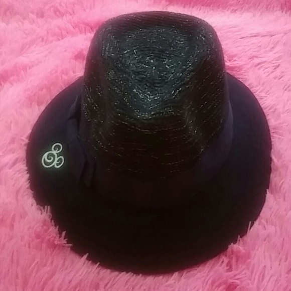 Nwt Mickey Mouse 100% wool hat 62df67740f0