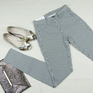 Uniqlo Pants - New UNIQLO sz XS black and white printed legging