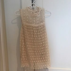 Beautiful lace Anthropologie top